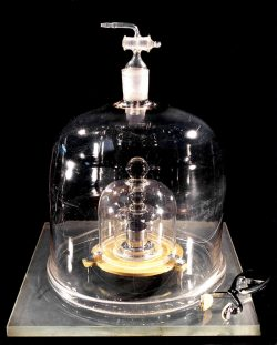 the kilogram show and tell