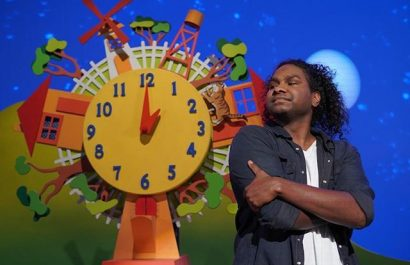Baker Boy performs cover of Hickory Dickory Dock on Play School for NAIDOC week