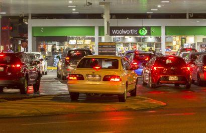fuel station etiquette