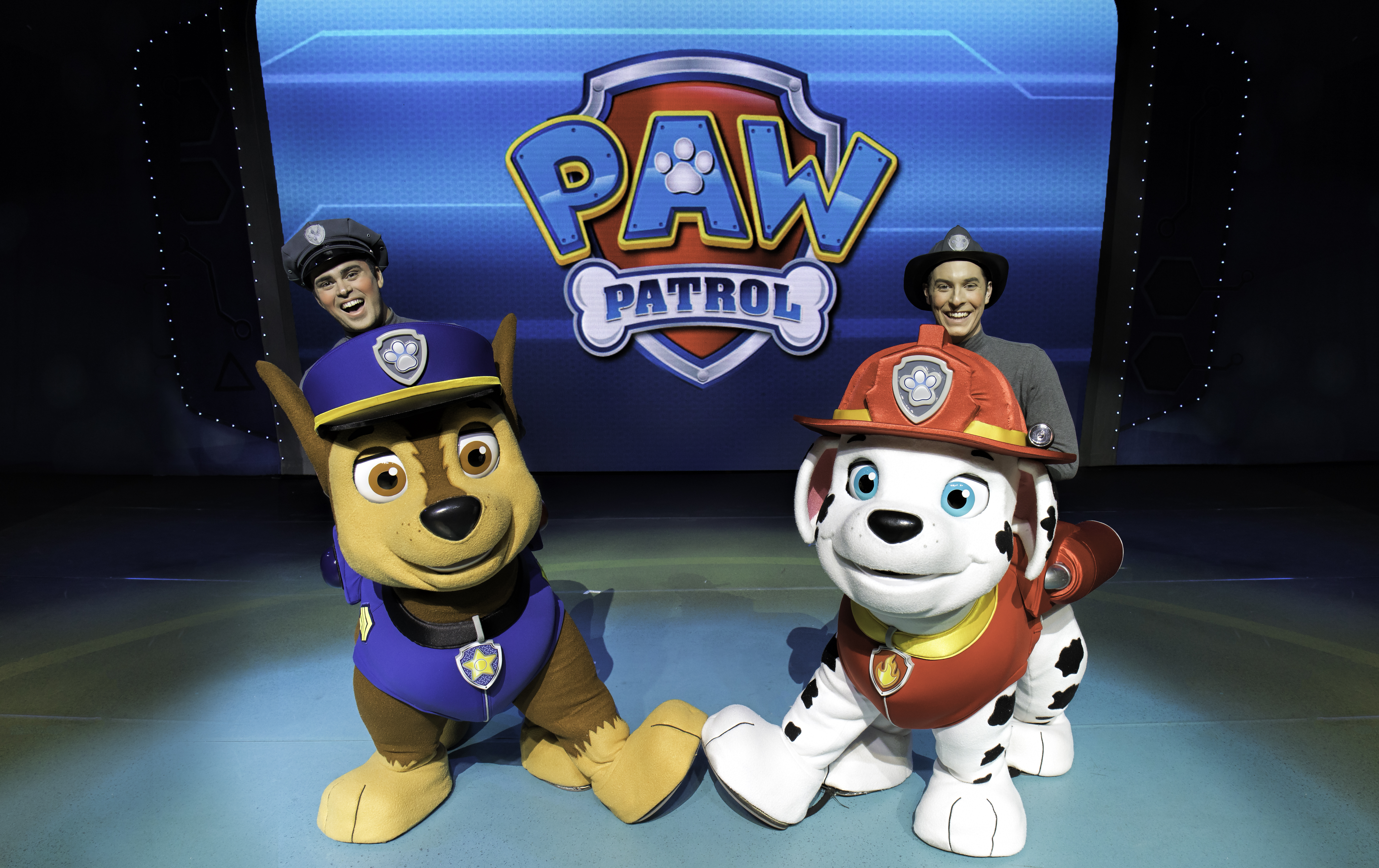 WIN family passes to PAW Patrol Live !