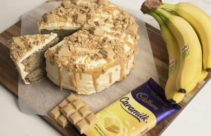the Internet is losing it's mind over this banana caramilk cake